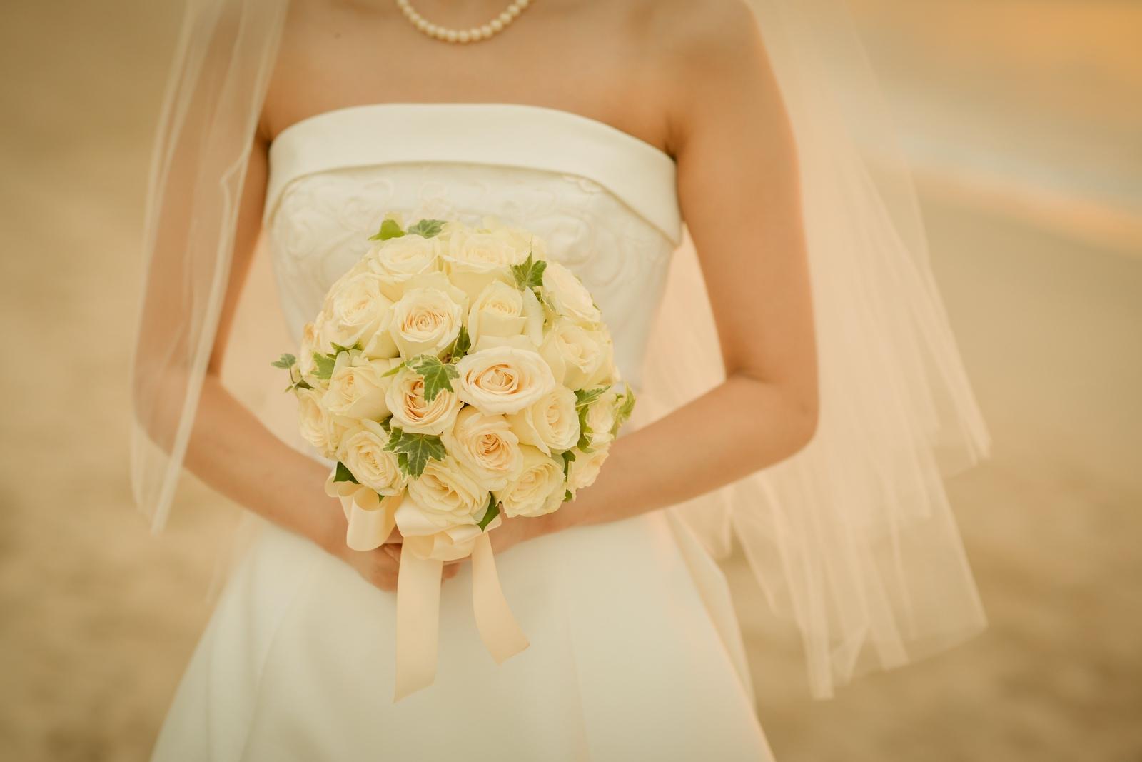 ホワイトローズ 花冠と合わせて