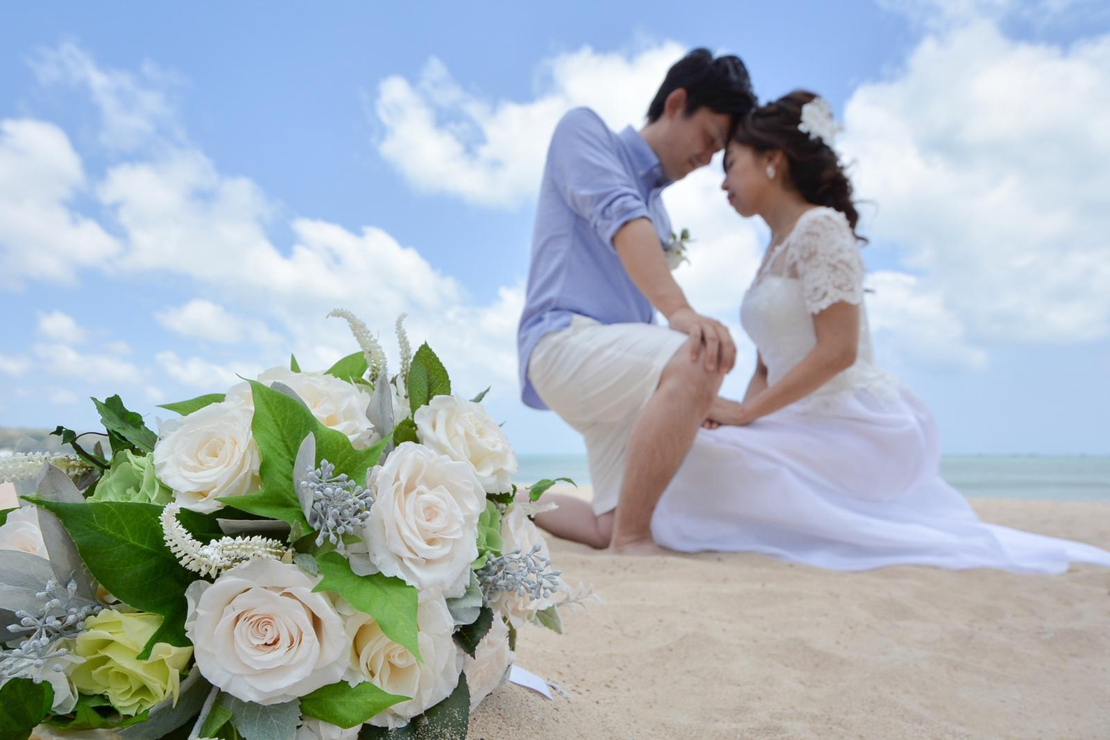 ホワイトローズの造花