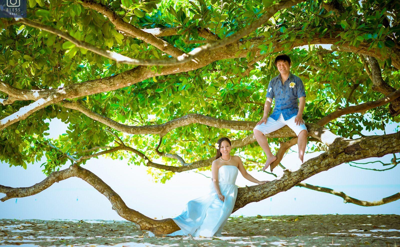 【お客様レポ#211】ご結婚10年記念に♡ ビーチ&サンセットで撮るM&W様のフォトウェディング