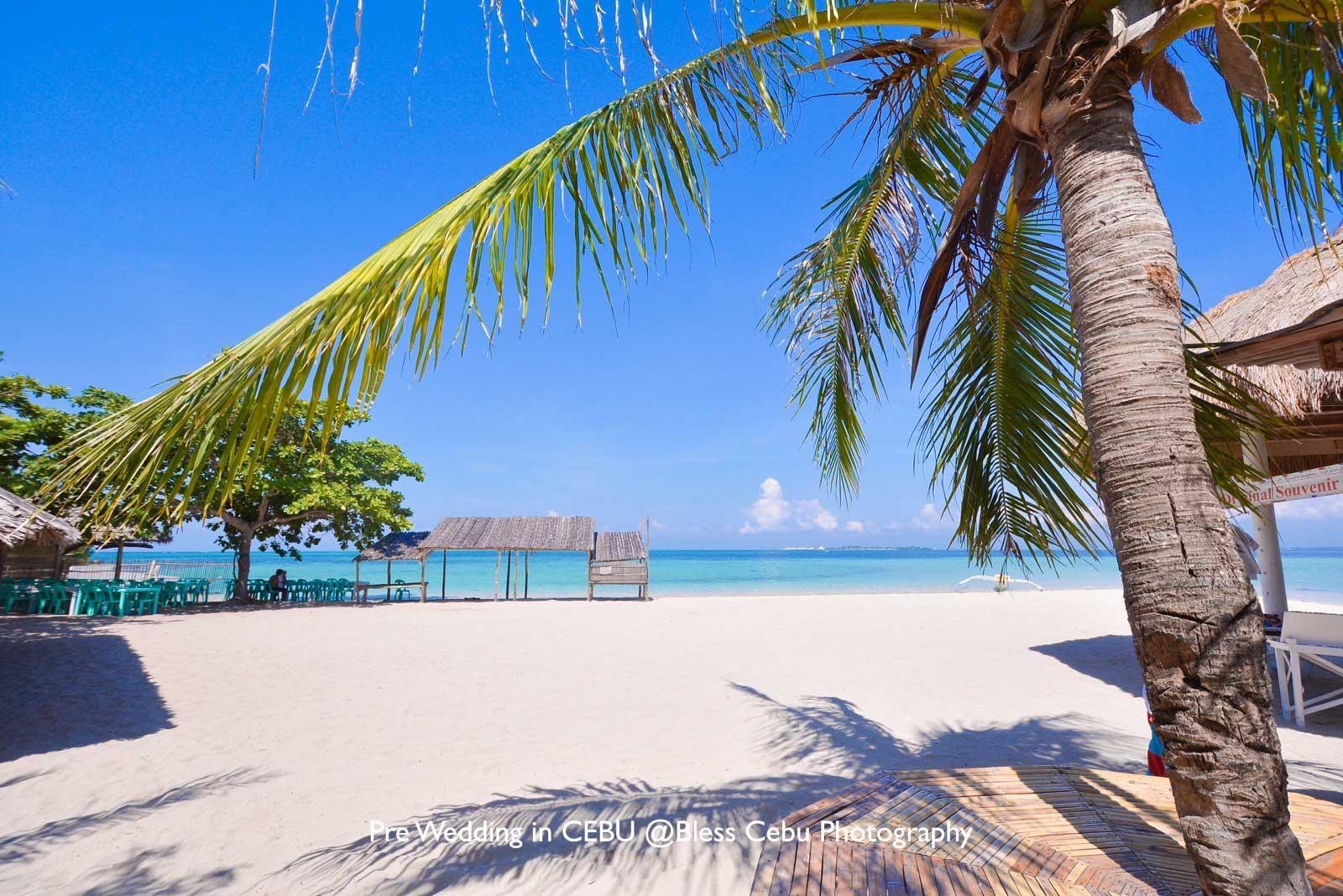 撮影ロケーションのひとつ、カオハガン島のビーチ