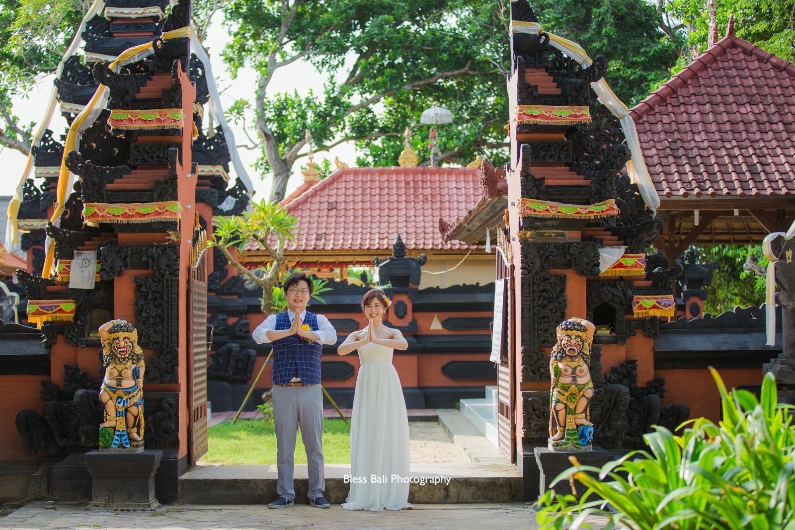 バリ寺院でロケーションフォト